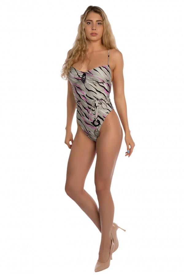 Costum de baie dama intreg, Laura Olteanu, imprimeu tigru, spate gol, snur reglabil si accesorii cromate